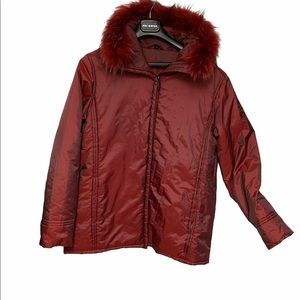 Junge Red winter Coat with faux fur trim